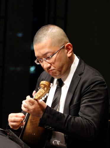 2019弦楽器フェアコンサート - 井上泰信 Mandlin 山田岳 Guitar
